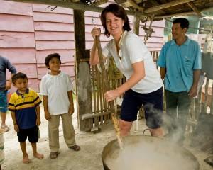 Hella Jongerius mixing chicle in Mexico