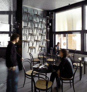 Thonet 214 - seating and decoration in one