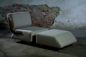 Bansko Bo lounger chair and Ottoman by Design Apparat