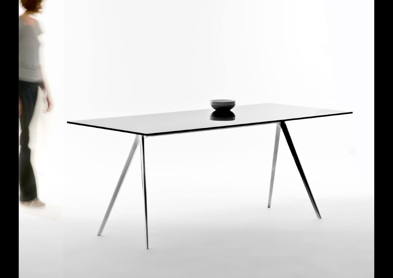 smow in mailand 2010 ronan und erwan bouroullec smow blog deutsch. Black Bedroom Furniture Sets. Home Design Ideas