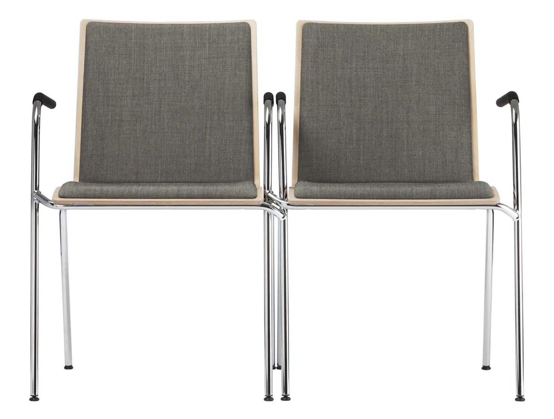 Thonet S 160 by Delphin Design - interlocking public seating
