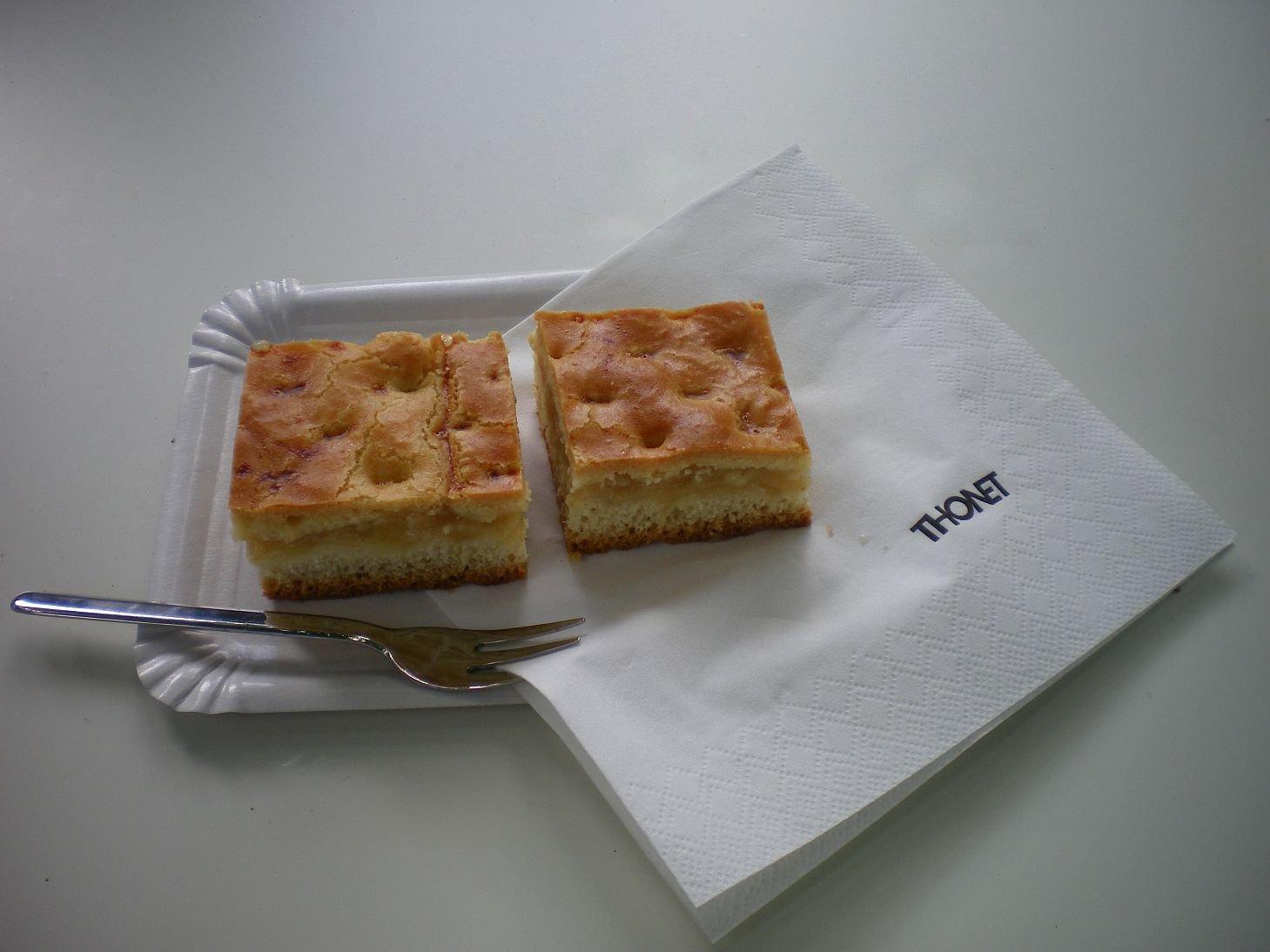 Apfelkuchen mit decke, Thonet, Thonet Wohnhaus, Frankenberg
