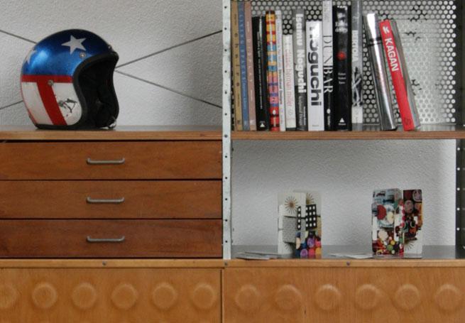 """Das ESU 400-N by Charles and Ray Eames als Teil von """"Schöne neue Welt - American Mid-century Design"""" bei Frank and Oliver, Zurich"""