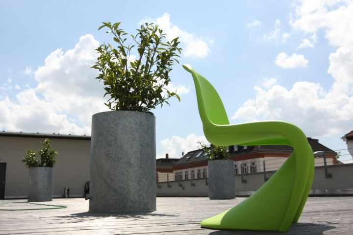 Win a Vitra-verner-panton-chair-dark-lime
