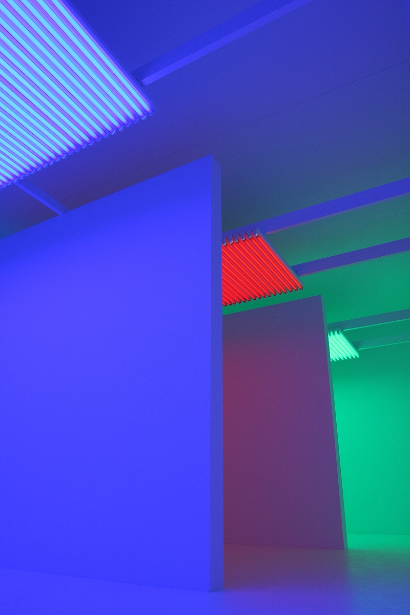 vitra design museum lightopia carlos cruz-diez chromosaturation