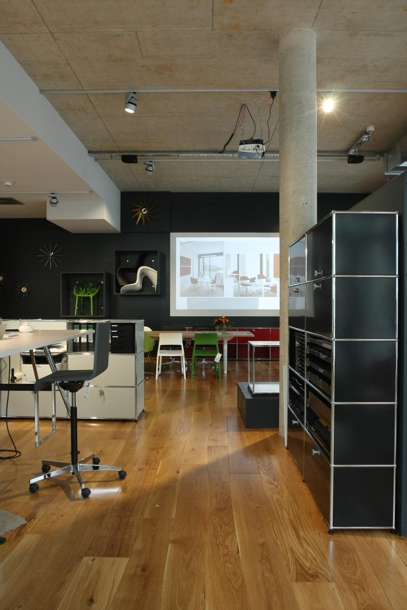 wohnzimmer bar tübingen:Alternative to Eames Lounge
