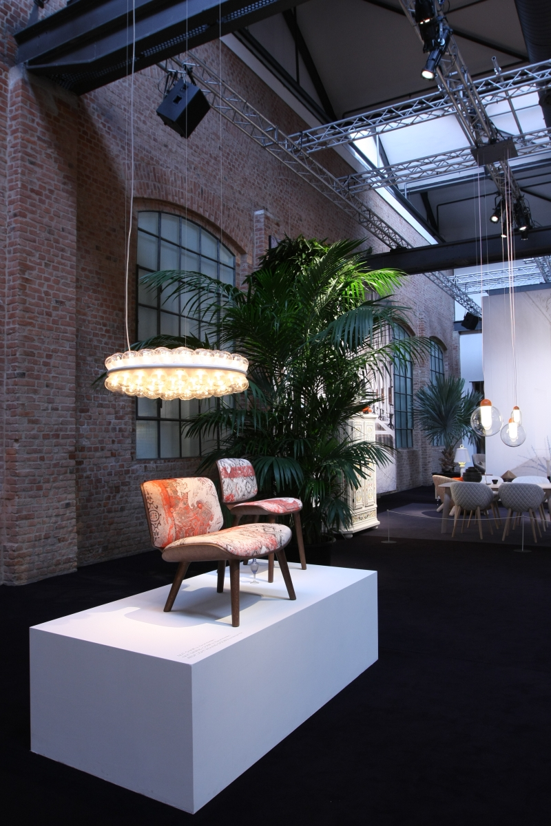 Moooi Nut Chair Marcel Wanders Prop Light Bertjan Pot