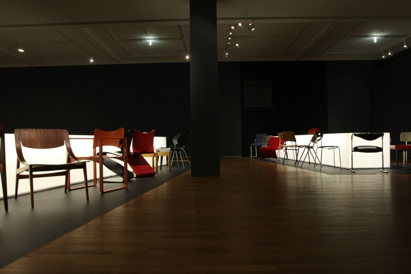Sitzen Liegen Schaukeln Möbel von Thonet Grassi Museum für Angewandte Kunst Leipzig 19