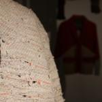 Transformationen Konzepte der Umnutzung von Dingen Werkbundarchiv Museum der Dinge Berlin Schuldenhemd Swetlana Schmidt detail