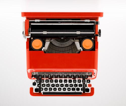 Valentine typewriter Ettore Sottsass Perry King Olivetti