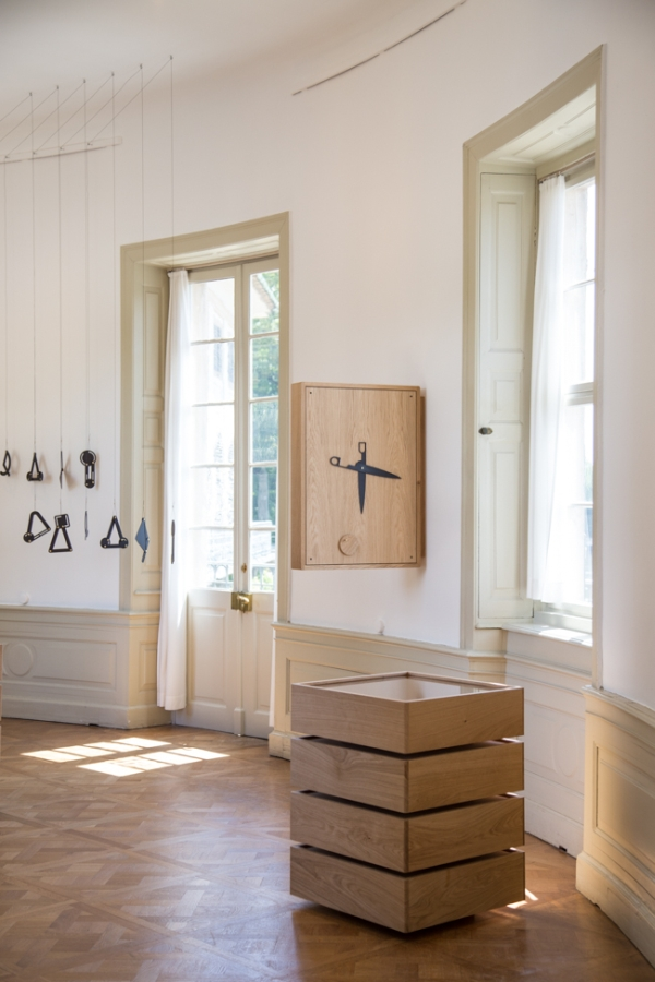 At first glance Daphna Laurens Trading Places. Designers meet the collection Kunstgewerbemuseum Dresden