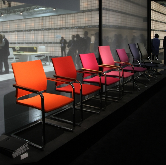 Thonet Orgatec Köln s 95 chair