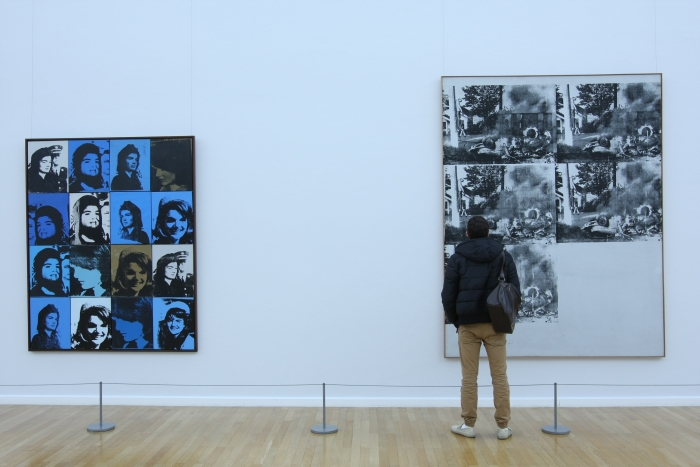 Andy Warhol Death and Disaster Kunstsammlungen Chemnitz Sixteen Jackies White Disaster II