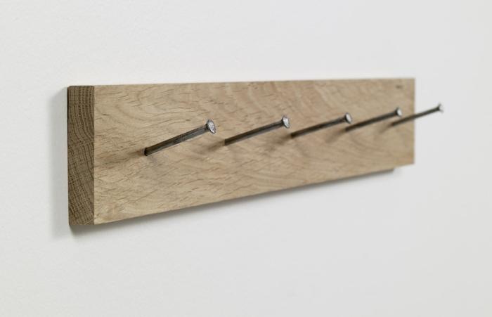 Hanger Naoto Fukasawa Only Wood Galerie kreo Paris