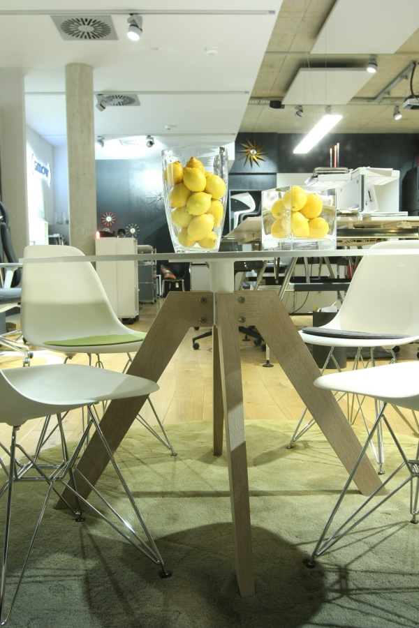 passagen cologne 2015 zu tisch bei smow k ln asco tables smow blog. Black Bedroom Furniture Sets. Home Design Ideas