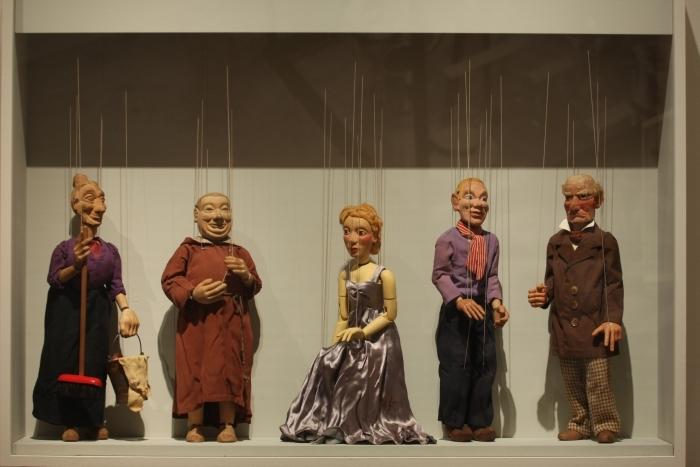 Bauhaus Archiv Berlin Sammlung Bauhaus Werner Jackson puppets