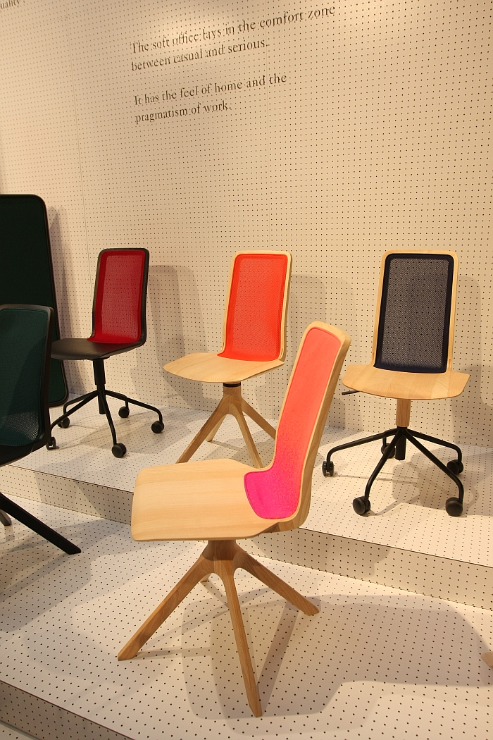 Uffici Chair by Nitzan Cohen for Mattiazzi,  with the wooden base
