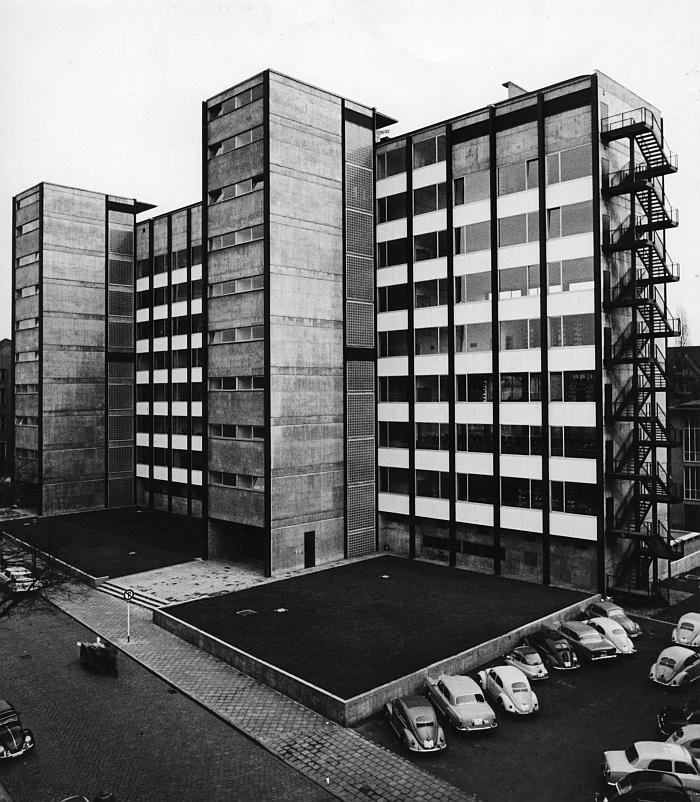 Ferdinand Kramer Philosophicum Universität Frankfurt 1960 Foto © Institut für Stadtgeschichte 1961
