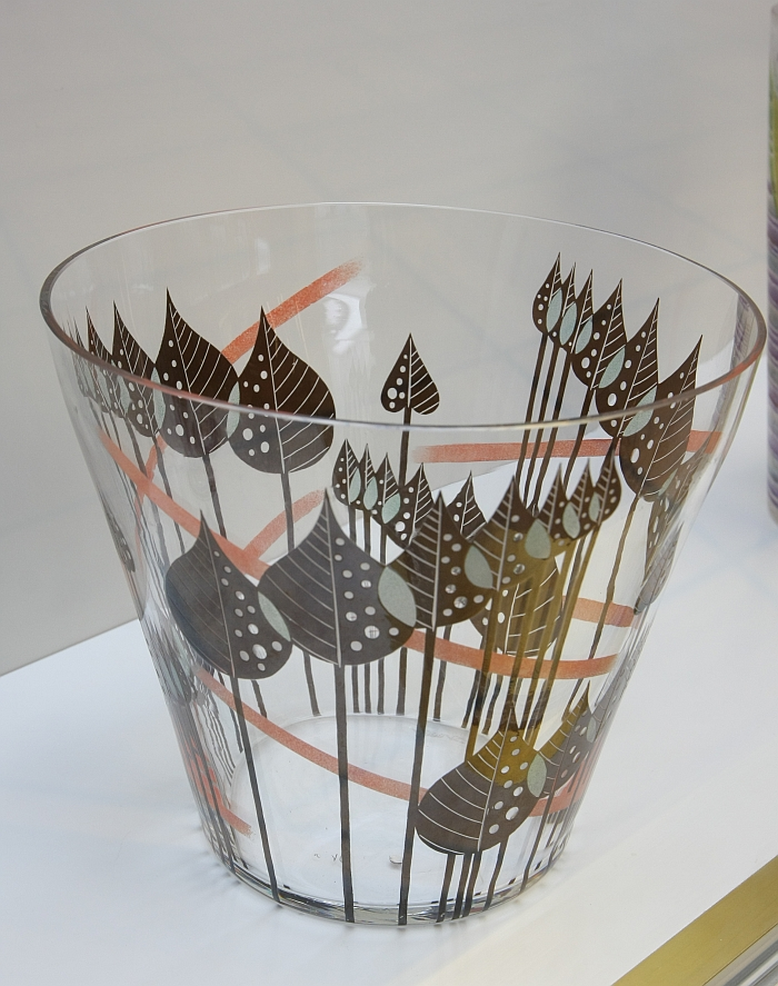 Vase with leaves from Fachschule Steinschönau (ca 1936), as seen at Art Déco: Smart, Precious, Sensual,Grassi Museum for Applied Arts Leipzig