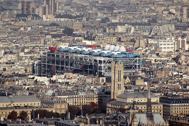 Le Centre Pompidou, Paris (Photo Maureen, via commons.wikimedia.org)
