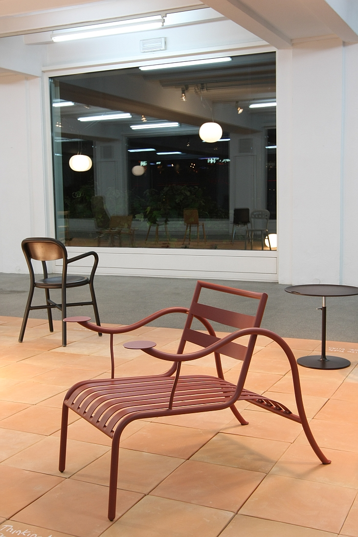 Thinking Man's Chair by Jasper Morrison for Cappellini, as seen at the exhibition A&W Designer of the Year 2016 - Jasper Morrison, Passagen Cologne