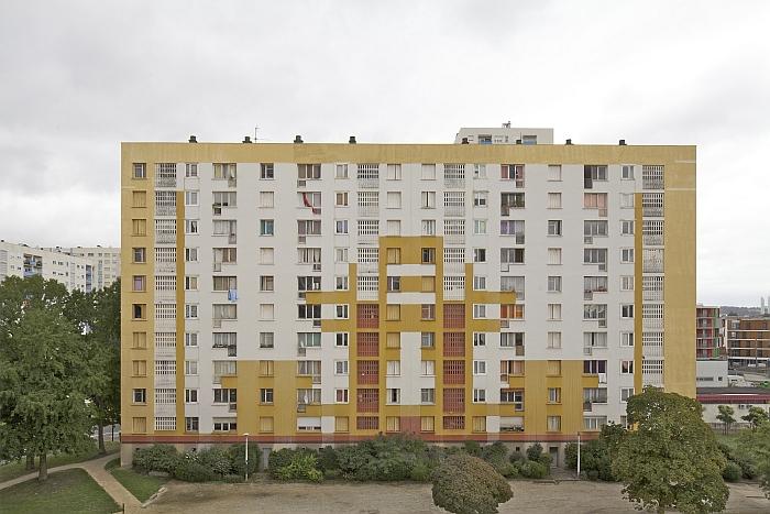 Grand Parc, Bâtiment G, Bordeaux, Before. (Photo: © Frédéric Druot, Courtesy of architekturgalerie am weissenhof)
