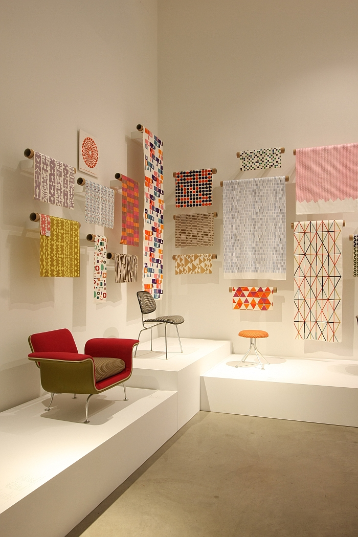 alexander girard a designer 39 s universe vitra design museum textiles and furniture smow blog. Black Bedroom Furniture Sets. Home Design Ideas