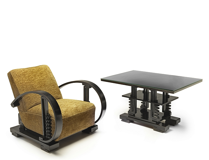 Armchair and coffee table by Liem Bwan Tjie, ca. 1930 (Photo Erik & Petra Hesmerg, Courtesy of Stedelijk Museum Amsterdam)