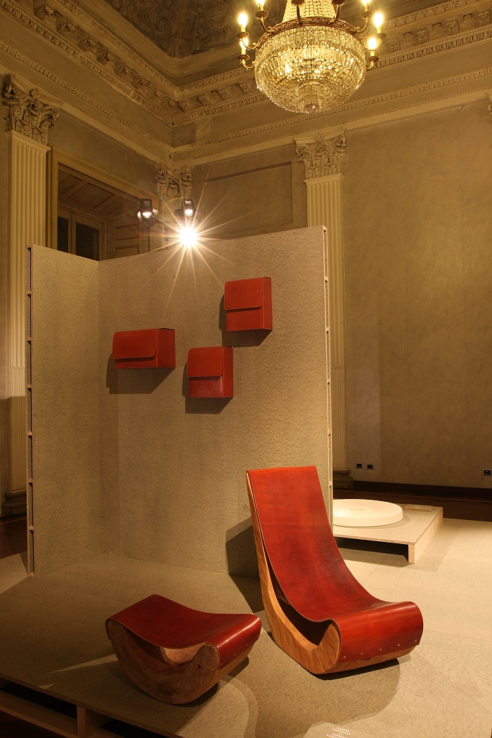 Low Chair and Stool by Kaspar Hamacher with Tannerie Radermecker, on the wall Bag on Wall by Mathias van de Walle with Ralph Baggeley, as seen at Belgian Matters, Milan 2016