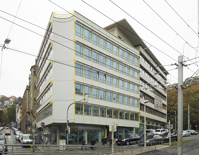 LOBA Haus Stuttgart by Rolf Gutbrod and Paul Stohrer one of those once threatened buildings whose future is now secure. (Photo Copyright Wilfried Dechau)