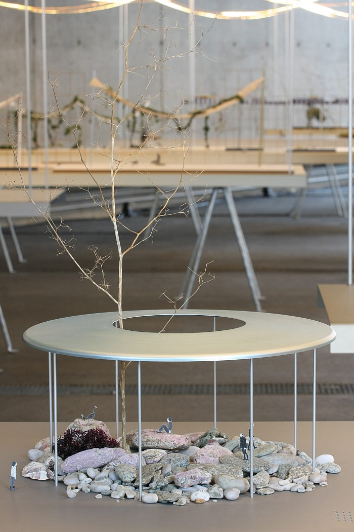 Vitra design museum present ronan erwan bouroullec r veries urbaines - Ronan et erwan bouroullec ...