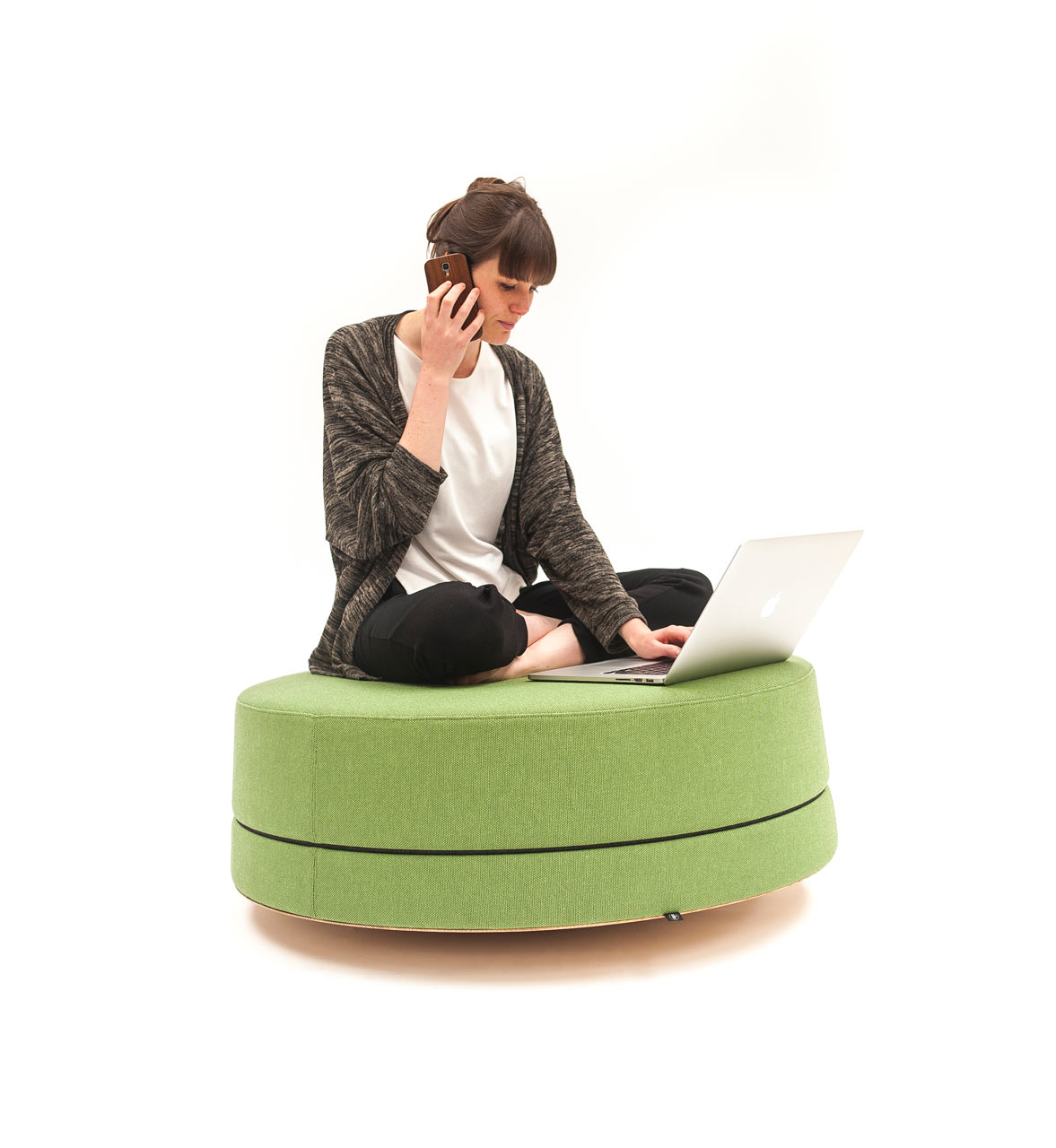 Buzzispace buzzibalance pouf 139 design smow blog english - Design pouf ...