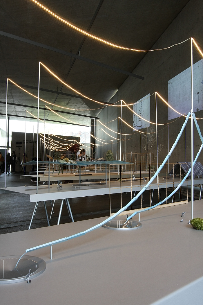 vitra design museum present ronan erwan bouroullec. Black Bedroom Furniture Sets. Home Design Ideas