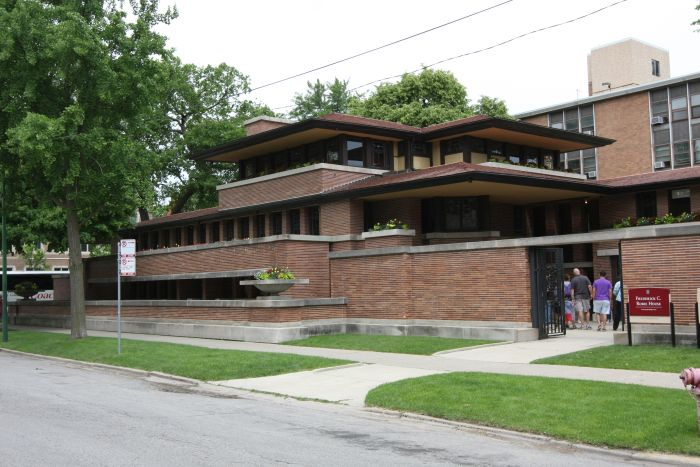 Frederick C. Robie House, Chicago by Frank Lloyd Wright, one of his so-called Prairie Houses