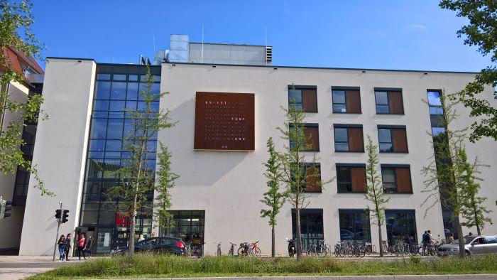Hochschule für Gestaltung Schwäbisch Gmünd @ Bahnhofplatz