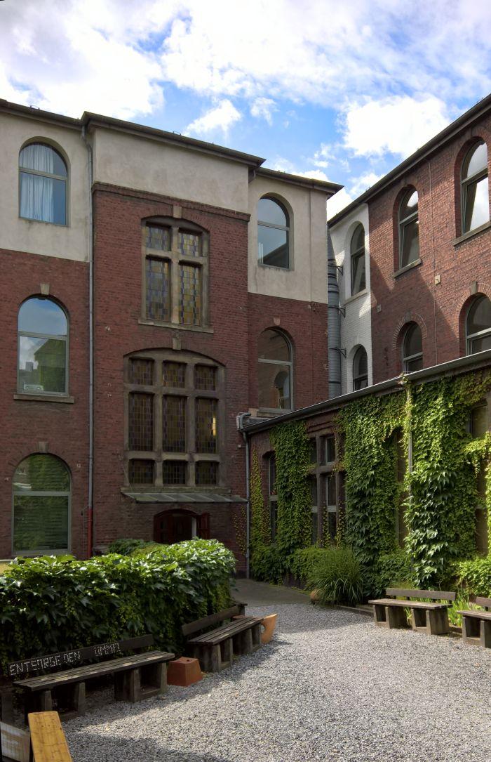 FH Aachen - Courtyard