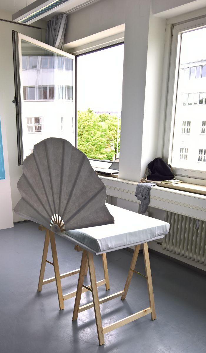 Sensu by Johanna Gschmeißner, Paulina Kampmann, Anna Staudacher, Hannelore Horvarth, Parinaz Heidari Namini, as seen at the Hochschule München Jahresausstellung 2017
