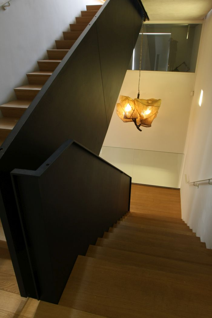 Probably the closest you'll get to a Nacho Carbonell stair lamp.....