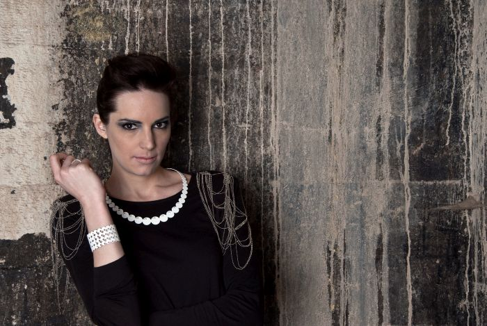 Pearly Collier by Fabian Seibert (Photo nilsmartin.de © Sülzkotlett )