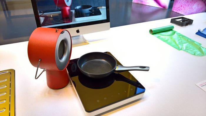 Portable Kitchen Hood by Maxime Augay, as seen at Graduation Show 2017, Ecole Cantonale d'art de Lausanne, ECAL