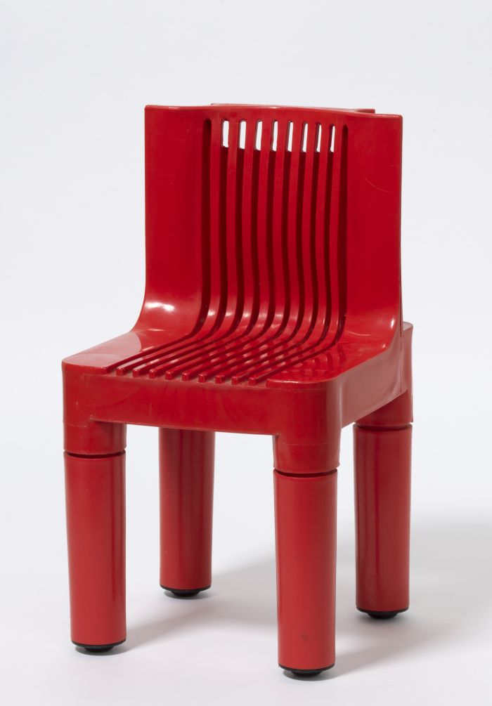 Seggiolino 4999 by Richard Sapper & Marco Zanuso for Kartell (Photo A. Laurenzo, Courtesy Die Neue Sammlung – The Design Museum)