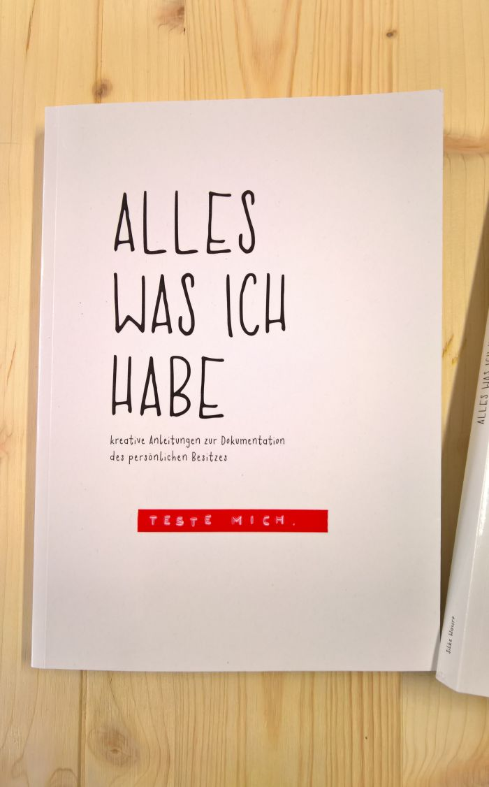 Alles, was ich habe by the Seminar für Kulturanthropologie des Textilen, TU Dortmund, as seen at Passagen Cologne 2018