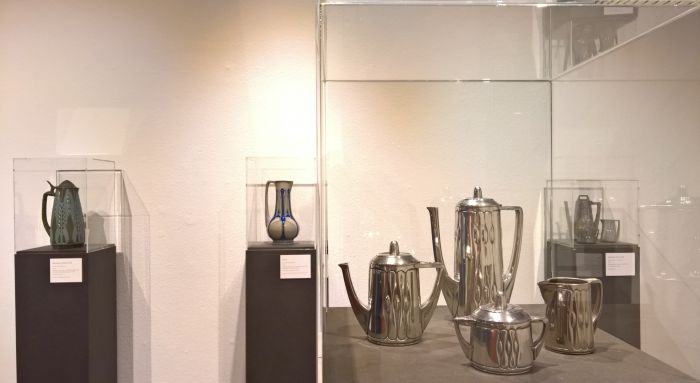 Peweter coffee and tea service for Gerhardi & Co Lüdenscheid and stoneware jugs for Simon Gerz, Höhr-Grenzhausen, as seen at Peter Behrens. #all-rounder, the Museum für Angewandte Kunst Cologne