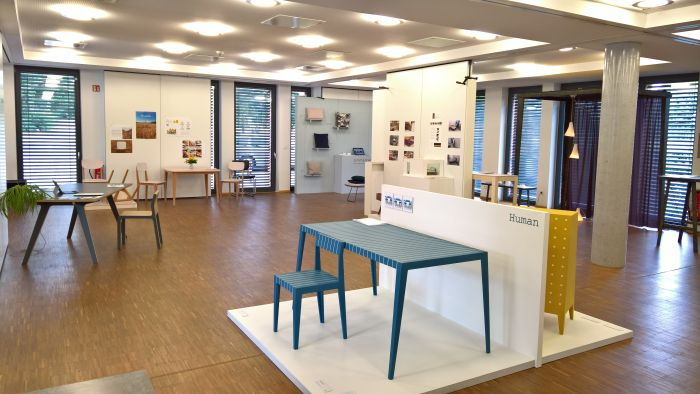 Finale 2018, Akademie für Gestaltung Münster, in the foreground part of Human by Florian Post