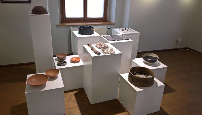 Presentation of the ceramic workshop, as seen at Unikate 7, Handwerkskammer Chemnitz, Wasserschloss Klaffenbach