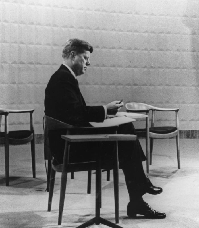 John F. Kennedy in the JH501 Hans J Wegner, one of the scenes of power featured in Seats of Power at Vitra Design Museum Schaudepot, Weil Am Rhein (Photo courtesy Hans J Wegners Tegnestue & Vitra Design Museum)