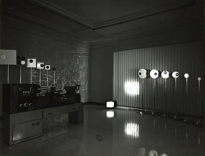 Roger Tallon's installation at Qu'est-ce que le design Musée des Arts Décoratifs Paris 1969 (Photo © and courtesy Musée des Arts Décoratifs Paris)