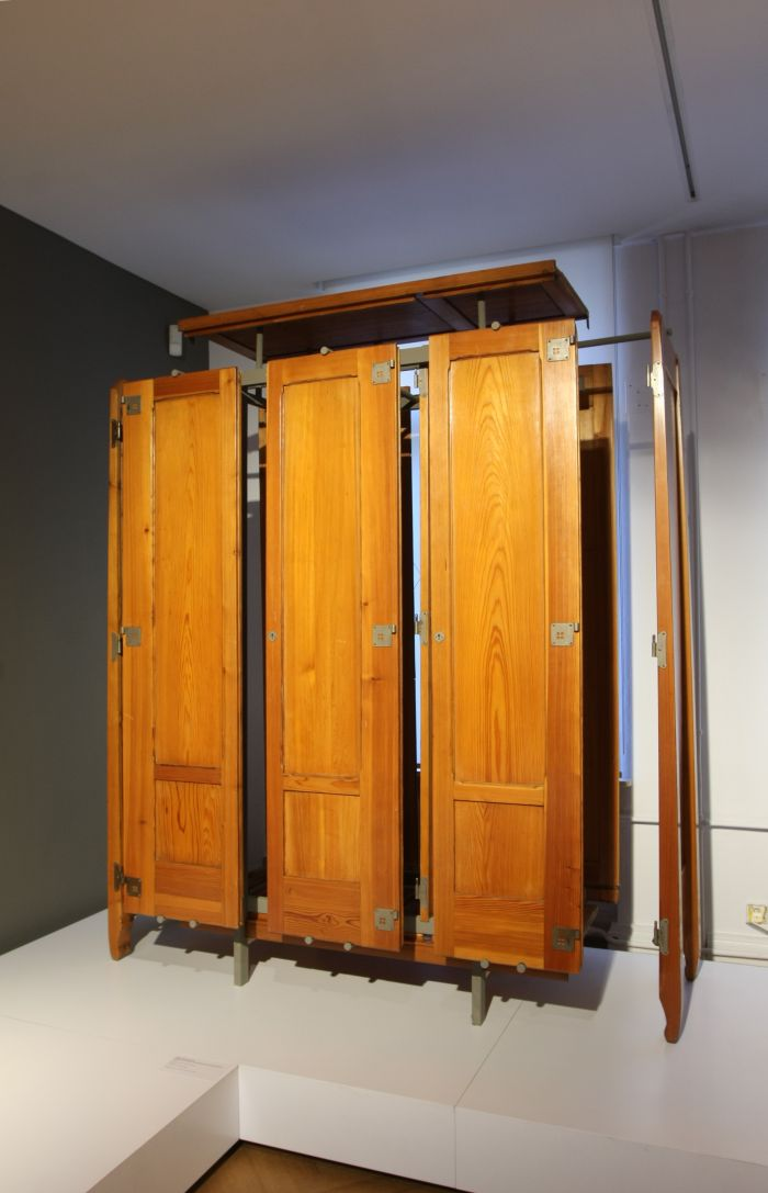 "An ""exploded"" wardrobe by Richard Riemerschmid, as seen at From Arts and Crafts to the Bauhaus. Art and Design - A New Unity, The Bröhan Museum Berlin"
