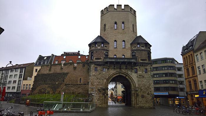 Kölle A(rchitketur)laaf!! Severinstorburg
