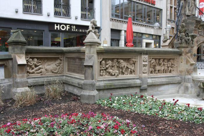 Kölle A(rchitketur)laaf!! Heinzelmännchenbrunnen by Edmund and Heinrich Renard
